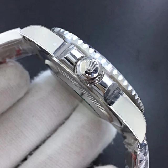 Rolex GMT Master II 116710BLNR 4